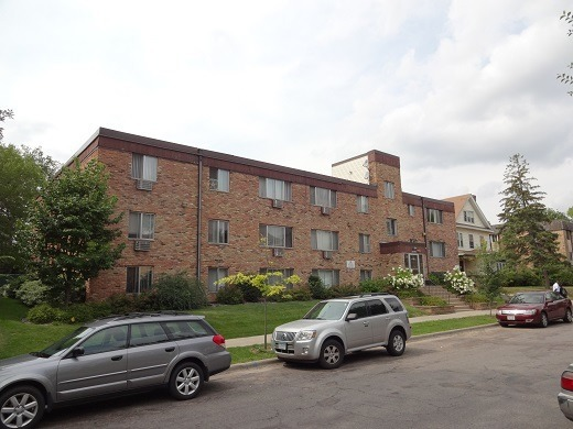 2100 Aldrich Ave S, Minneapolis MN 55405 - 22 units: 1 & 2 BRs